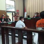 Terdakwa Pembunuh Mertua Sekda Lamongan Mengaku Ditekan Polisi
