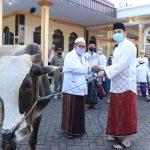 Plt Walikota Pasuruan Serahkan Bantuan Hewan Kurban ke Masjid dan Musala