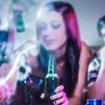 Pesta Narkoba di Hotel, 4 Orang Lelaki Perempuan Diringkus Polisi