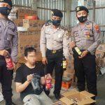 Razia Miras, Satsabhara Polresta Sidoarjo Amankan Tiga Penjual dan Puluhan Botol