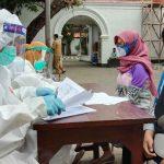 Santri dan Mahasiswa di Kota Probolinggo Jalani Rapid Tes Gratis