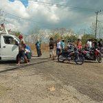 Tagih Perbaikan Jalan, Warga Blibis Sliwung Situbondo Demo Perusahaan Aspal