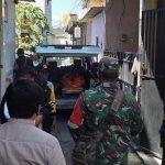 Pemuda di Surabaya Tewas Gantung Diri, Orang Tua Korban Histeris