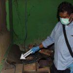 Ditinggal Istrinya Silaturahmi, Pria di Situbondo Ditemukan Tewas Gantung Diri