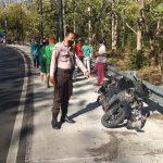 Kebablasan di Tikungan Tajam, IRT di Situbondo Tabrak Pagar dan Tewas di Lokasi