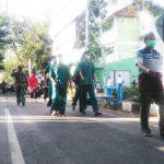Dinyatakan Sembuh, OTG Covid-19 di Lamongan Pulang Jalan Kaki dari Rumah Isolasi