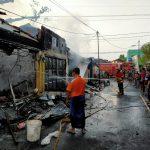 Diduga Konsleting Listrik, Puluhan Kios Pasar Sukorejo Pasuruan Ludes Terbakar