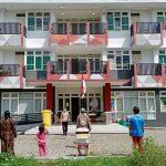 Di Lokasi Karantina, Pasien Covid-19 Tulungagung Gelar Upacara HUT RI