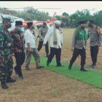 Naik Heli, Kapolda Jatim dan Pangdam Brawijaya Kunjungi Dua Pesantren ke Pamekasan