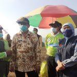 Launching Wisata Paralayang Baru di Mojokerto, Khofifah : Harus Ada Atlet Berlatih di Sini