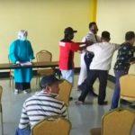 Video: Kericuhan Saat Warga Tagih Hasil Swab di Jember