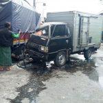 Mobil Boks Vs Truk di Sidoarjo, Pengemudi Luka Berat, Mobil Ringsek