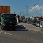 Dilewati Kendaraan Bertonase Berat, Dua Jalan di Kota Probolinggo Rusak