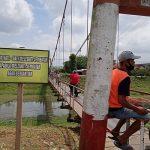 Jembatan Lembu Peteng Diperbaiki, PUPR Tulungagung: Hati-Hati Lewat Jembatan Gantung