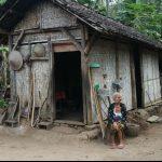 Hidup Sebatang Kara di Gubuk Reot, Seorang Nenek di Blitar Tak Tersentuh Bantuan Pemerintah
