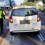 Mobil Daihatsu Sigra Hajar Motor Dinaiki Satu Keluarga di Sidoarjo, Ibu-Anak Tewas