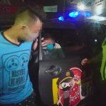 Video: Pasutri Digelandang Polisi Gegara Kepergok Curi Uang