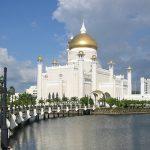 Mengenal Masjid Megah di Atas Laguna di Brunei Darussalam