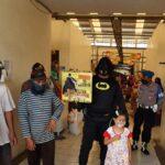 Sosialisasi Protokol Kesehatan, Anggota Polsek Sukorejo Pasuruan Pakai Baju Batman
