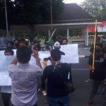 Mahasiswa-Aktivis Lumajang Demo, Tagih 20 Janji Politik Bupati