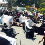 Grup Bantengan di Jombang Unjuk Rasa Desak Izin Pentas, Sejumlah Pendemo Kesurupan