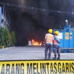 Kebakaran Gudang Pabrik WIN di Lamongan, Butuh 5 Jam dan 12 Damkar