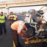 Kecelakaan di Tol Jomo, Dua Kendaraan Hancur Tak Berbentuk