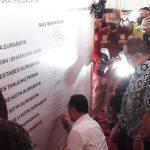 Penandatanganan Kesepakatan Bersama Bacawali Surabaya Soal Penerapan Protokol Covid-19, Mahfud Arifin Tidak Terlihat