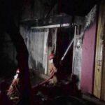 Diduga Korsleting Listrik, Toko Kelontong di Pasar Baru Kota Probolinggo Terbakar