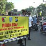 Sempat Membangkang, Oknum Polisi di Surabaya Terjaring Razia Masker