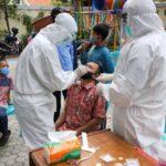 Ratusan Santri dan Pengurus Ponpes di Surabaya Jalani Swab Test
