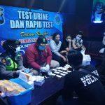 Razia Karaoke, Satreskoba Polresta Blitar Lakukan Tes Urine terhadap Pemandu Lagu