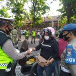 Akhir Pekan, Polisi Nganjuk Patroli Tempat Wisata Ajak Pengunjung Patuhi Prokes