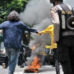 Demo Tolak UU Cipta Kerja di Jombang Ricuh, Satu Mahasiswa Diciduk
