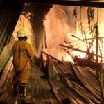 Ditinggal Pemiliknya Rumah di Jember Ludes Terbakar