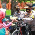Patuh Prokes, Warga Kota Mojokerto Dapat Sembako