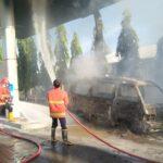 Isi BBM di SPBU, Mobil Suzuki Carry di Pasuruan Ludes Terbakar