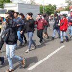Polisi Temukan Bom Molotov di Sela Demo Penolakan UU Cipta Kerja di Surabaya
