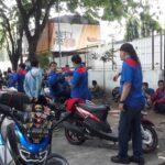 Tolak UU Cipta Kerja, Para Buruh Mulai Berkumpul di Jalanan Surabaya