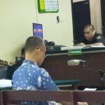 Dituntut 4,6 Tahun Korupsi Penyetoran Uang Pajak, ASN Kota Surabaya Menangis Minta Dihukum Ringan