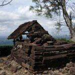 Candi Selotumpuk Blitar, Peninggalan Majapahit di Puncak Gunung Batok