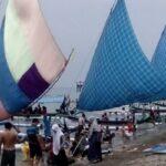 Cuti Bersama 2020, Pantai Pasir Putih Situbondo Ramai Dikunjungi Wisatawan