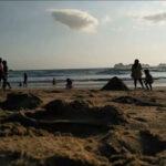 Pesona Pantai Pulau Merah, Berselancar dan Menikmati Sunset di Banyuwangi
