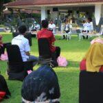 Bertemu Relawan Sosial, Bupati Banyuwangi: Sampaikan kepada Masyarakat Pentingnya Pakai Masker