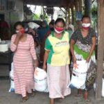 Warga di Situbondo Keluhkan Kualitas Beras Bansos yang Disalurkan Bulog