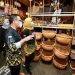 Gubernur Khofifah Semangati Pelaku UMKM di Banyuwangi tetap Optimistis Hadapi Pandemi