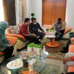 Pjs Bupati Blitar Bersama TNI Polri, KPU dan Bawaslu, Anjangsana ke Kedua Paslon