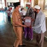Bupati Pamekasan Gelontor Bantuan Hibah ke 733 Masjid dan Pesantren