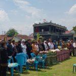 Budayawan Pasuruan Kirab Tombak Pusaka di Candi Jawi, Berharap Covid-19 Lenyap