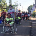 Pecinta Lari Jember Ajak Difabel Olah Raga Bersama